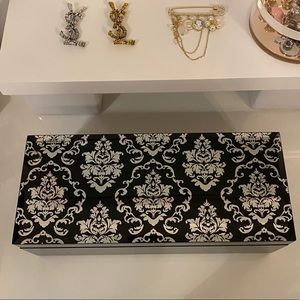 Black glass Jewlery box